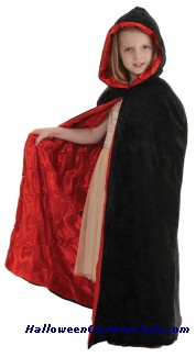 BLACK/RED CAPE VELVET CHILD COSTUME